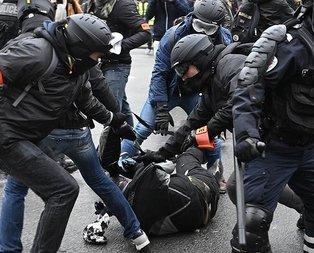 Fransa İçişleri Bakanından 'polis şiddeti' itirafı