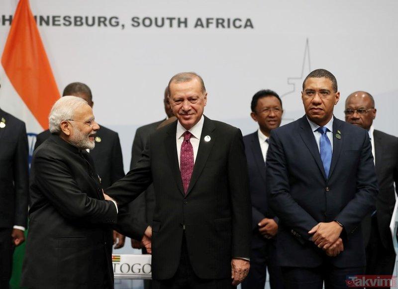 Cumhurbaşkanı Erdoğan, BRICS Zirvesi aile fotoğrafı çekiminde yer aldı