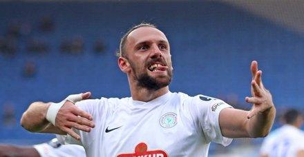 Fenerbahçe Vedat Muriç'i bitiriyor