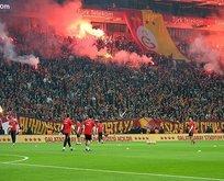 Galatasaray-Fenerbahçe derbisinde taraftar rekoru!