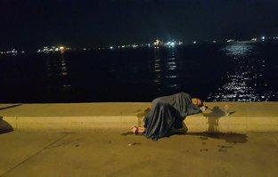 Zeytinburnu'nda intihar girişimi! Taksiden inip...