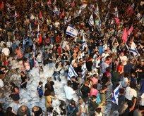 Netanyahu gitti diye İsrail'de köpük partisi...