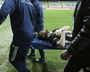 Beşiktaş'ta sakatlık şoku! Açıklama geldi