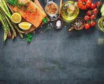 Severek tükettiğimiz bu besinler kanser ediyor!