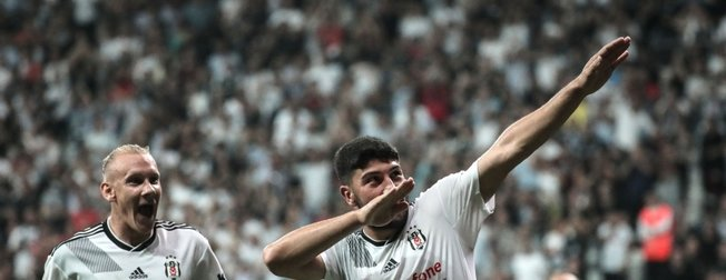 Kartal Dolmabahçe'de farklı kazandı! Beşiktaş 3-0 Göztepe   Maç sonucu