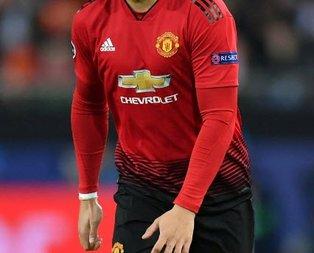 F.Bahçe Manchester United'ın yıldızının peşinde