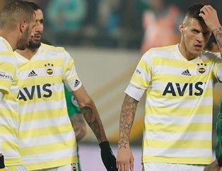 Fenerbahçede isyan! Futbolcuların çoğu menajerlerine haber verdi: Kulüp bulun...