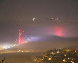 İstanbul'da sis etkili! Sefer iptalleri var...