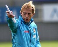 Christoph Daum Fenerbahçeye göz kırptı!