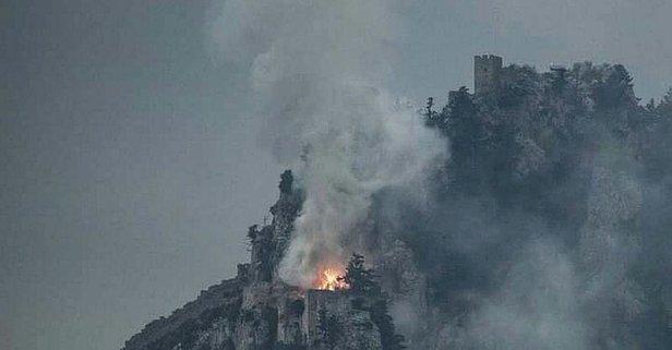Tarihi St. Hilarion Kalesi'nde yangın!