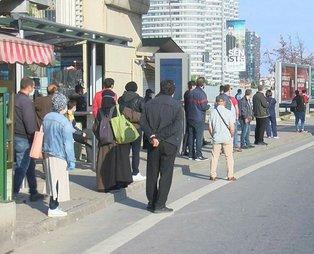 İstanbullunun toplu taşıma çilesi bitmiyor: 2 saattir bekliyoruz