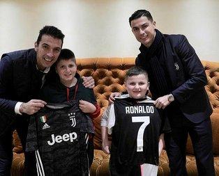 Messi'ye karşı dik duruşun elçisi Ronaldo!