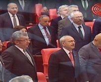 HDP'liler Meclis'te İstiklal Marşı okumadı