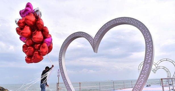 Uzun ve anlamlı sevgililer günü mesajları!