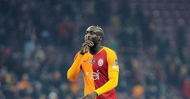 Diagne Galatasaray'ı sildi!