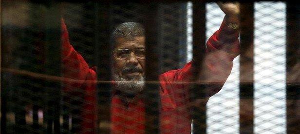 Mursi: Duruşma salonundayım ancak...