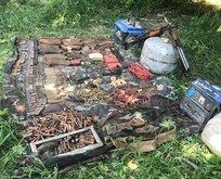 Hakkari'de PKK'ya ait silah ve mühimmatlar ele geçirildi