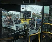 Metrobüs yolunda korkunç kaza!