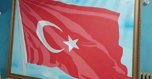 Türk bayrağına 36 bin 647 şehidin adını yazdılar