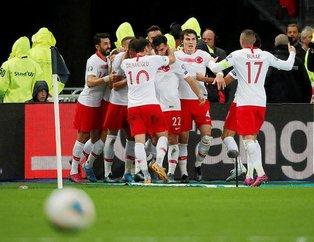 Asker selamı Fransız'ı çıldırttı! Yayıncı kuruluş A Milli Takım'ın gol sevincini yayınlamadı...