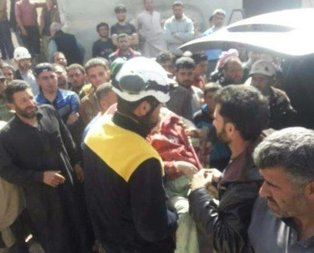 İdlibde okuldan çıkan çocukları vurdular