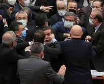 CHP'li Özkoç'un hakareti sonrası yumruklu kavga