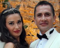 Emre Aşık ile eşi Yağmur Aşık boşanıyor!