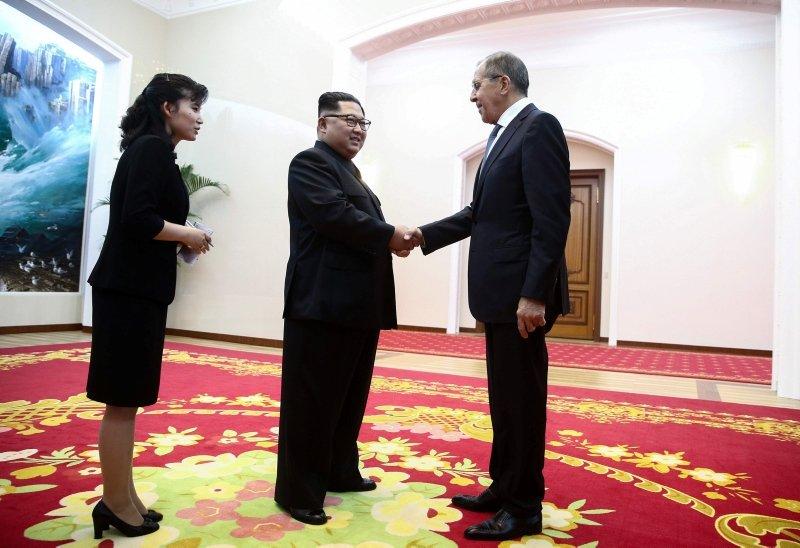 Kim Jong Un ile Sergey Lavrov bir araya geldi