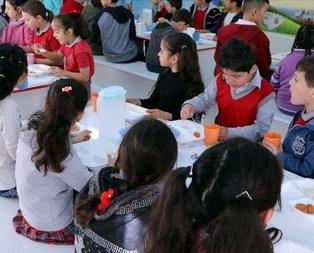 Okul çağındaki çocuklara 'Sağlık Karnesi'