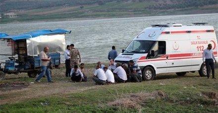 Hatay'da baraj göletine giren baba ve üvey iki kızı kayboldu