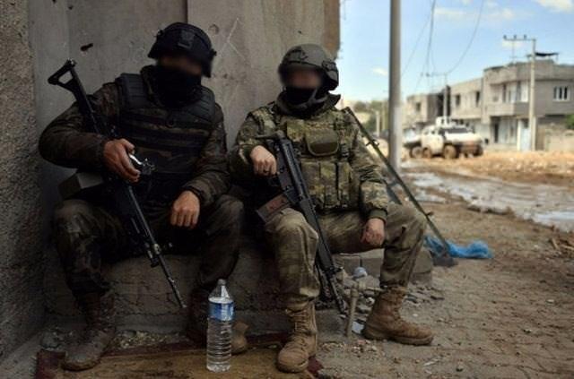 PKKlılar tuzaklarına Kuran-ı Kerimi alet etti