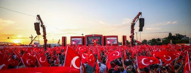 15 Temmuz'un 3. yıl dönümünde Türkiye yeniden meydanlarda! Asım'ın nesli ayakta