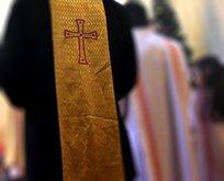 Kilisede taciz skandalı!