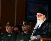 Dini lider Hamaney'den rest: Vuracağız