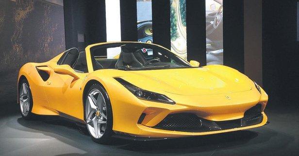 Ferrari'den F8 Spider