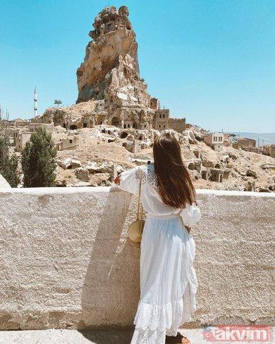Dilan Çiçek Deniz 'çocukluğum' dedi Kapadokya'dan paylaştı! Beyaz elbisesi ile göz kamaştırdı sosyal medya onu konuştu