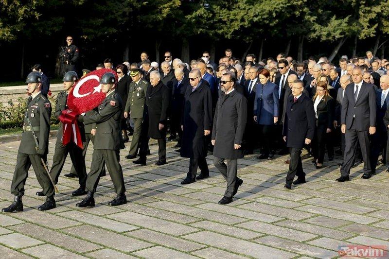 Devlet erkanı Atatürkü anma töreni için Anıtkabirde