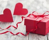Sevgililer Günü 2019 yılında hangi gün? En güzel 14 Şubat Sevgililer Günü mesajları!