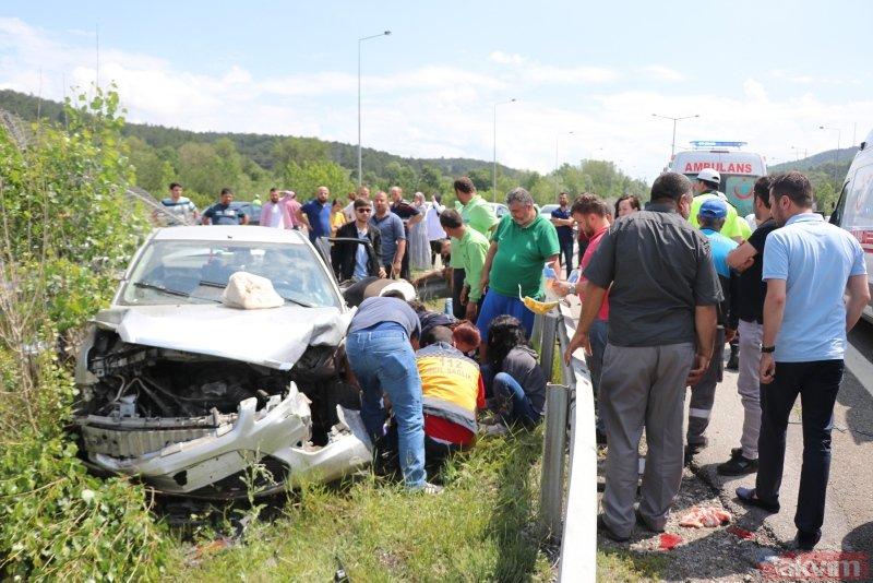 Bolu'da feci kaza! Otomobil refüje çarptı: 2 ölü, 5 yaralı
