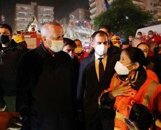 Başkan Recep Tayyip Erdoğan, İzmir'de deprem bölgesinde incelemelerde bulundu