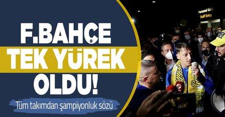 Fenerbahçe taraftarı takımı karşılamak için havalimanına akın etti! Pereira ve futbolcular şampiyonluk sözü verdi