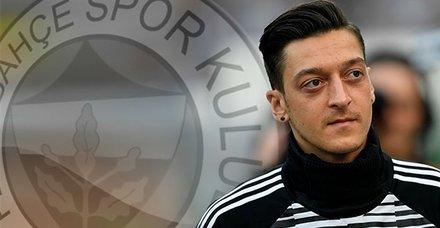 Ve Mesut Özil Fenerbahçe'de! Formayı ne zaman giyecek?