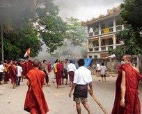 Budist çeteler Müslümanlara saldırdı