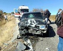 Tunceli'de iki araç kafa kafaya çarpıştı! Yaralılar var