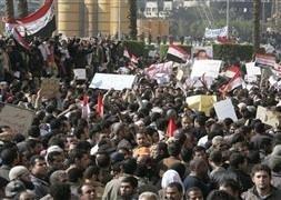 Mısır'da 'Cuma' gerginliği