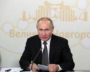 Putin imzaladı! Dünya devlerine büyük şok