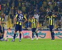 Fenerbahçeye şok! Derbide yok