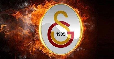 Galatasaray 3 futbolcunun transferini birden açıkladı