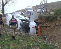 Bayburt'ta feci kaza: 2'si çocuk 4 kişi yaralandı!