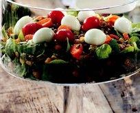 Tahıllı Semizotu Salatası Tarifi